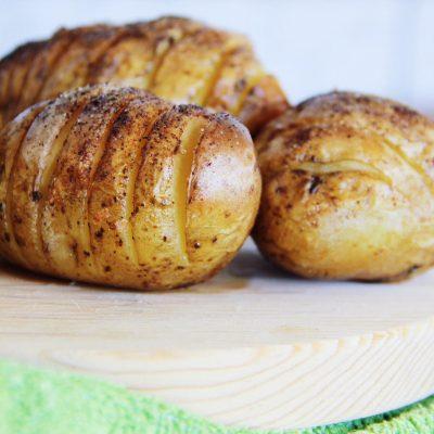 Batatas colmeia com especiarias
