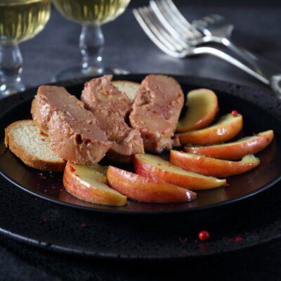 Carpaccio de maçã com foie gras