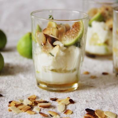 Verrine de figos pingo mel perfumada com tomilho limão