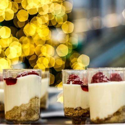 Copinhos de cheesecake natalícios – o cheesecake express mais delicioso e saudável deste Natal!