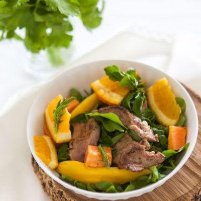 Salada exótica de pato e agrião