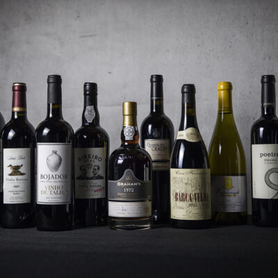 Vinho e deveres do anfitrião: tenho o dever de servir o vinho que o convidado me ofereceu nessa ocasião?